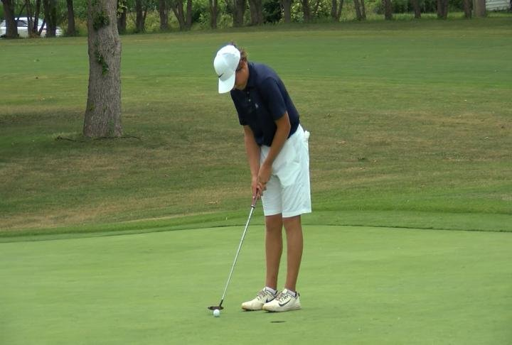 Alex McCulla won the boys 14-15 division for the second straight year.
