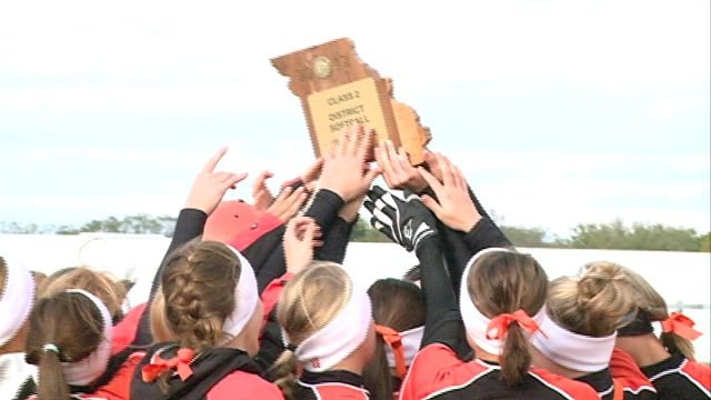 The Palmyra Lady Panthers won the Class 2 District 12 title on Saturday.
