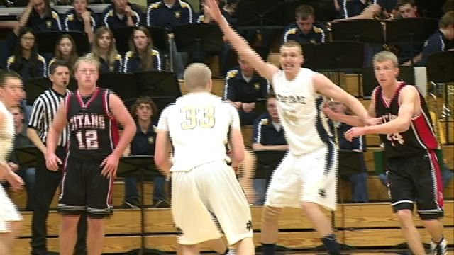 QND beat West Hancock 59-20 Saturday night in the final game of the QND Tip-Off/Suns Classic Tournament