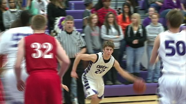 Keokuk's Dan Williams had 15 points to help the Chiefs to a 49-44 win over Ottumwa Friday night at Wright Fieldhouse.