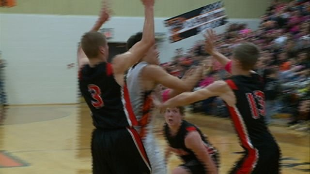 Hannibal got a combined 41 points from Dalton and Dylan Powell as the Pirates knocked off Palmyra 68-63 on the road.