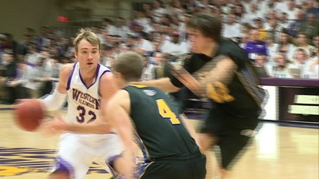 Jack Houpt led Western Illinois with 16 points but ultimately the Leathernecks struggles at the line allowed SDSU to win 59-53.
