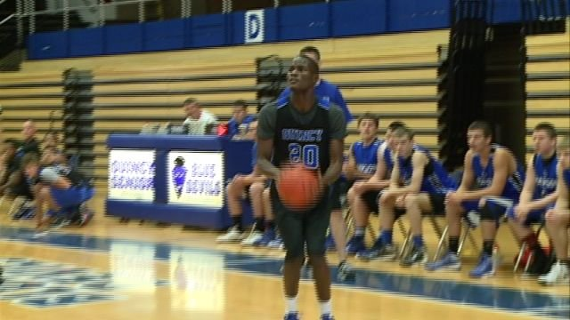 Several area teams laced it up in the QHS Shootout on Saturday in the Gem City.
