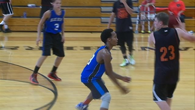 Quincy High and Palmyra went head-to-head in Wednesday's Elite Shootout, one of the many tournaments held in our region throughout the summer.