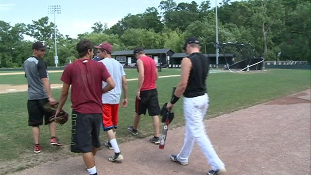 Illinois held it's first practice on Tuesday at Clemens Field in Hannibal for the upcoming showdown against Missouri on Saturday night.