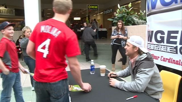 Cardinals pitcher Trevor Rosenthal signs autographs for fans on Sunday at the Quincy Mall.