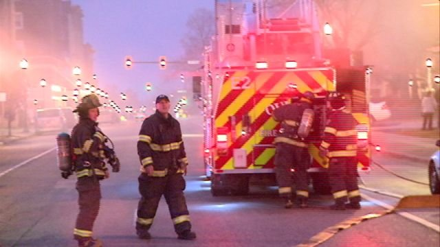 Crews respond to Elkton Hotel fire