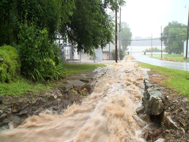 La Grange hit with flooding in both directions - KTIV News ...