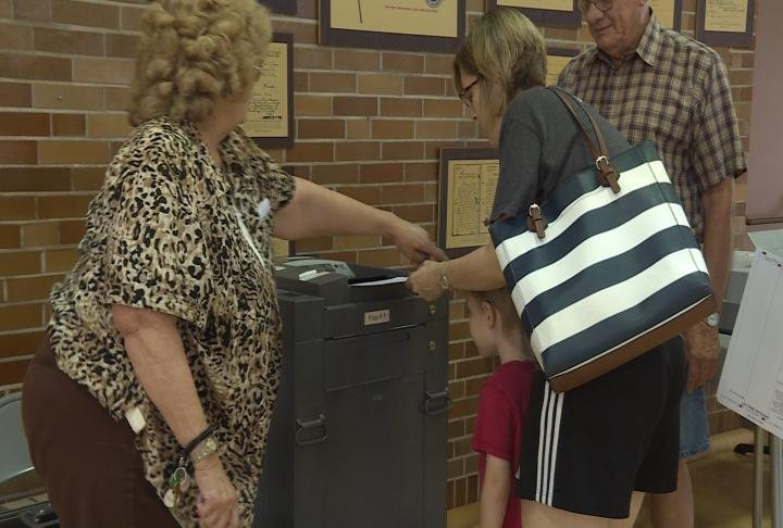 Voters cast ballots at the Illinois Veteran's Home.