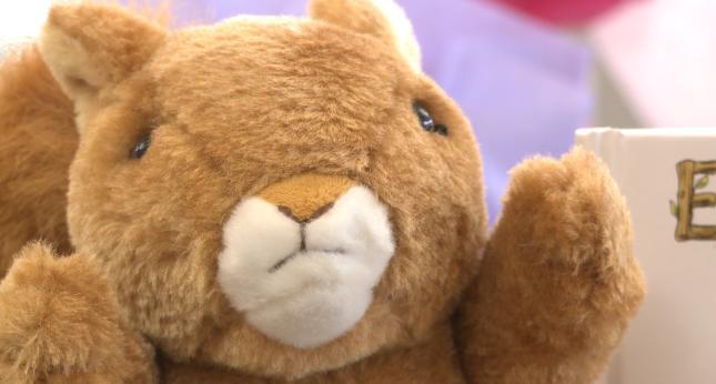 Palmyra Mom Helps Easter Bunny Kwwl Eastern Iowa