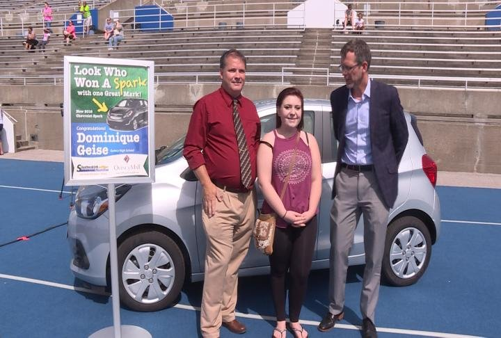tri state graduate wins a new car kwwl eastern iowa breaking news weathe. Cars Review. Best American Auto & Cars Review