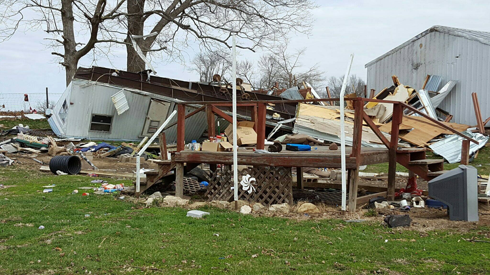Illinois brown county versailles - One Of The Trailers Destroyed By The Tornado In Versailles Il