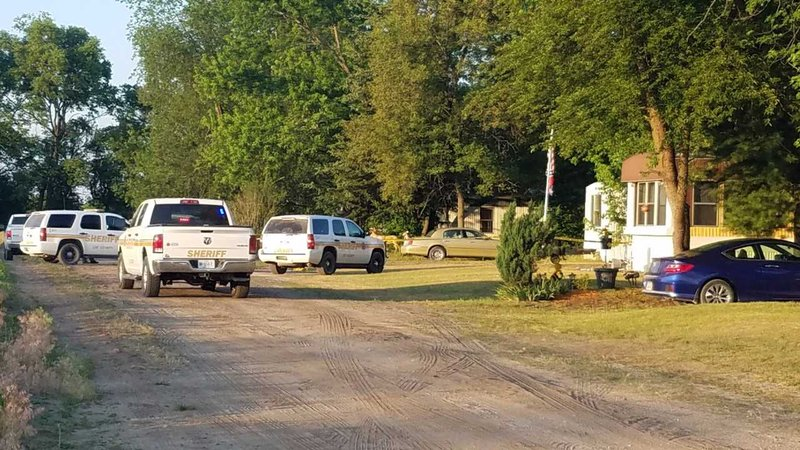 Lee county deputy cleared in shooting kwwl eastern for Finnicum motors lee county