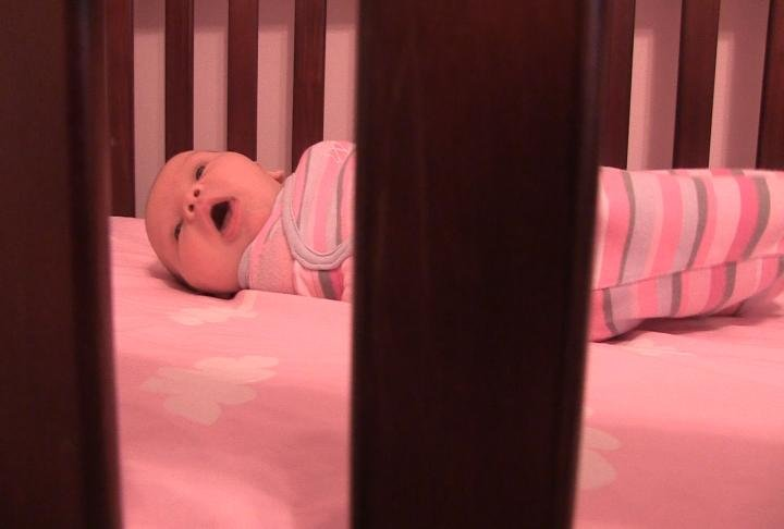how to make baby sleep on her own