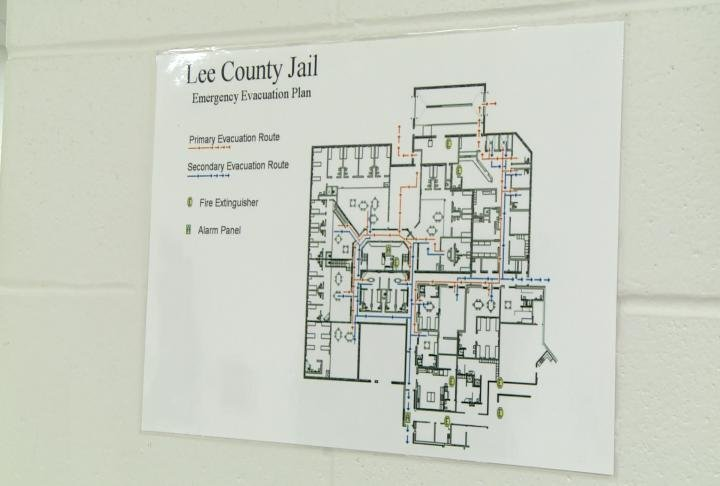 Board approves more staff for overcrowded lee county jail for Finnicum motors lee county