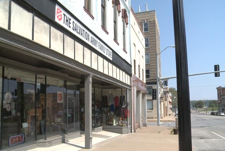 the salvation army family store in downtown hannibal