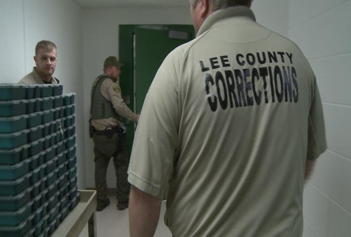 Sheriff considers cheaper jail meals to save money kwwl for Finnicum motors lee county