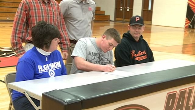Palmyra s Seth Brown inks with HLGU baseball WXOW News