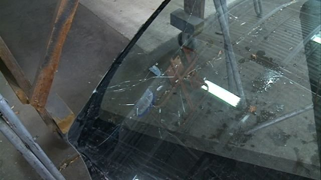 how to stop a windshield crack from getting bigger