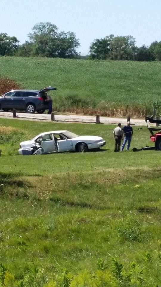 Man dies after car goes into lee county pond wvva tv for Finnicum motors lee county