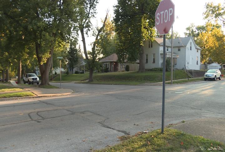 Shot of intersection at 15th and Washington Streets.