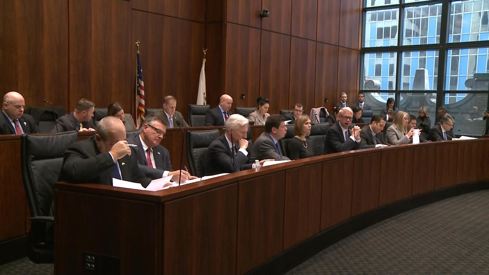 Illinois lawmakers were part of a panel Tuesday in Chicago, questioning legionella concerns at the Illinois Veterans' Home in Quincy.