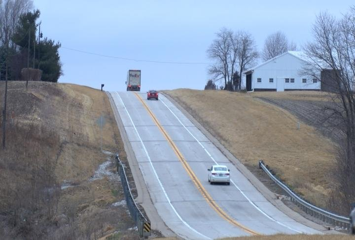 Illinois roads are ranked low in the report.