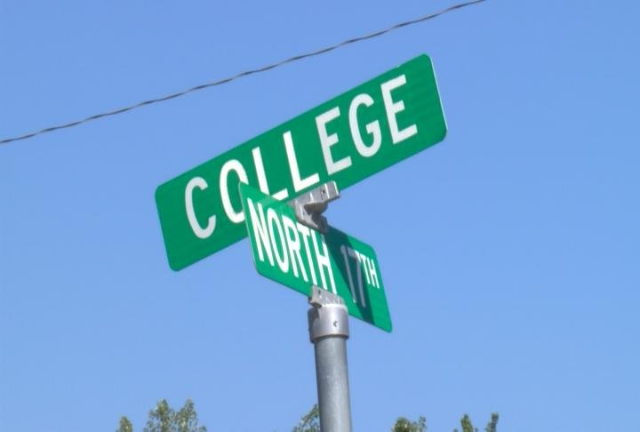 The intersection is on 17th and College in Quincy.